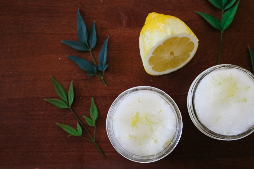 easy-all-natural-lemon-sugar-scrub-in-mason-jar